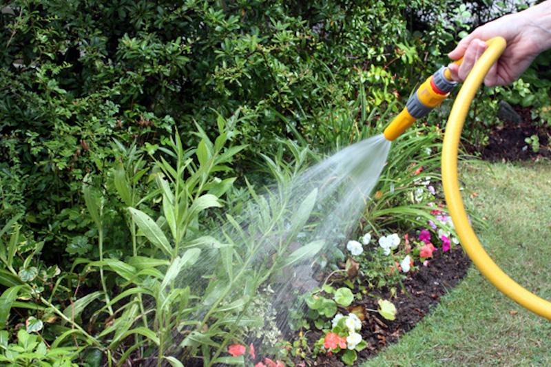Limitazione degli usi impropri e degli sprechi di acqua potabile